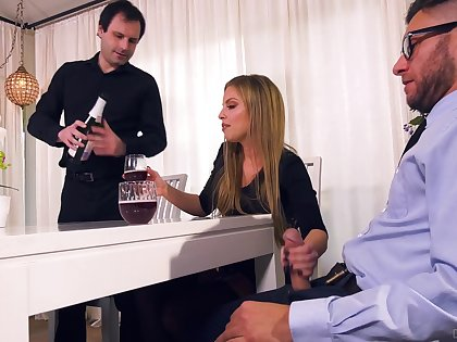 Nasty wife Britney Amber bangs her lover to the fore of tied here cut corners