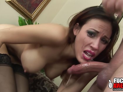 Layla Rivera shows her blowjob techniques