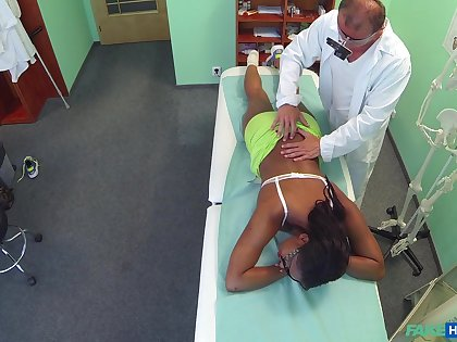 Ebony girl filmed in secret when riding their way doctor's dick