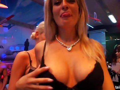 DrunkSexOrgy - 2016-11-25