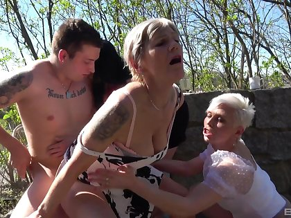 Lucky guy gets blown together with fucks Gabrielle together with her hot best friends