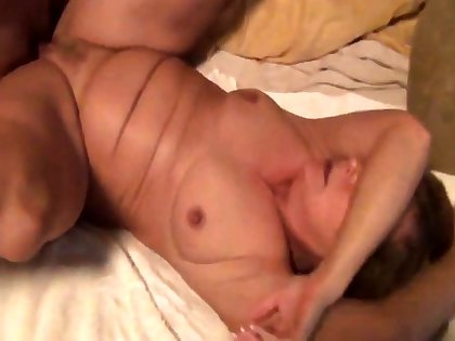 Watching Mature Girly Fucked By Young White Bull