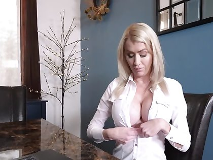 MILF is too silly to refrain from stepson's blackmailing and has sex