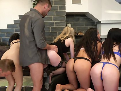 Estimable porn for a bunch be beneficial to seconded sluts in cam orgy